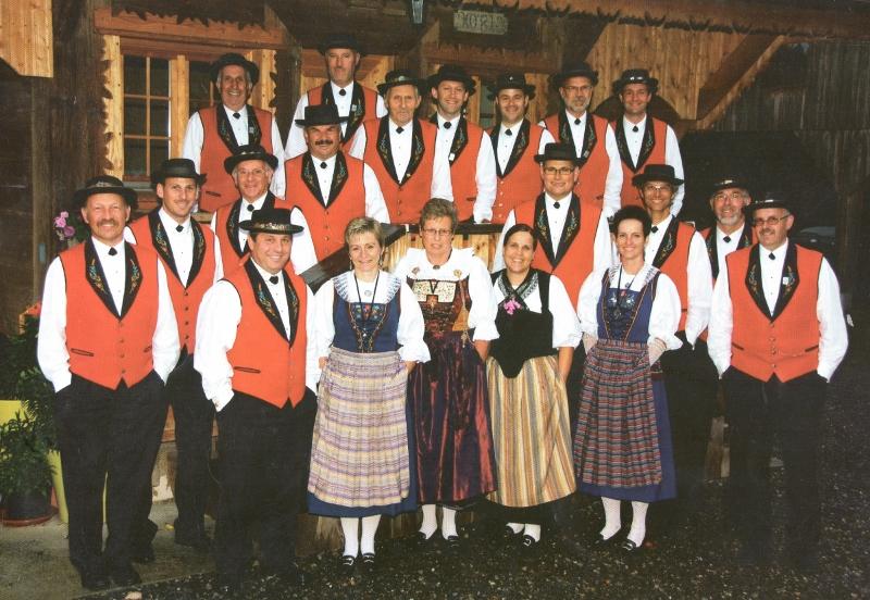 Gruppenfoto Jubiläum 40 Jahre 2 (800x552)